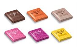 Chokolademix af hvid-, mørk- og mælkechokolade